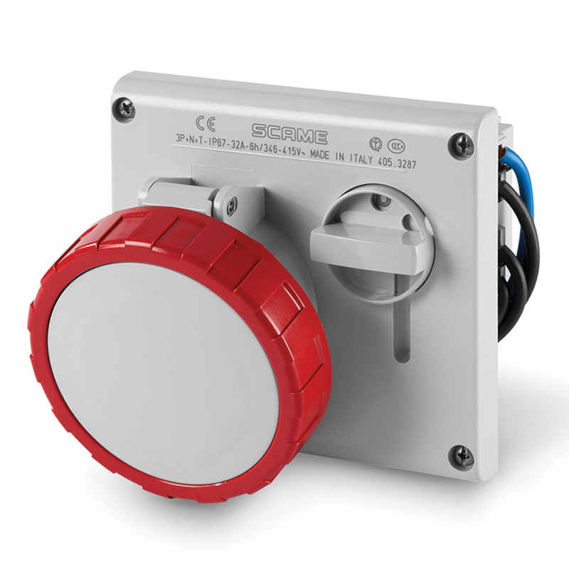 SCAME TOMA C/ENCLAVAMIENTO IP67 3P+N+T 32A 380V OE-3287